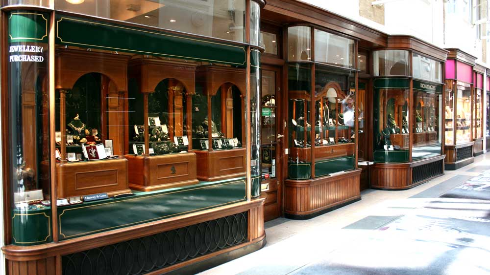 Jewelry Storefront in Mall