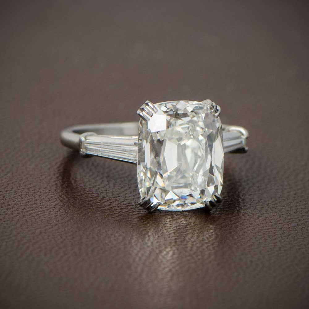 Vintagr Cushion Cut Diamond Ring