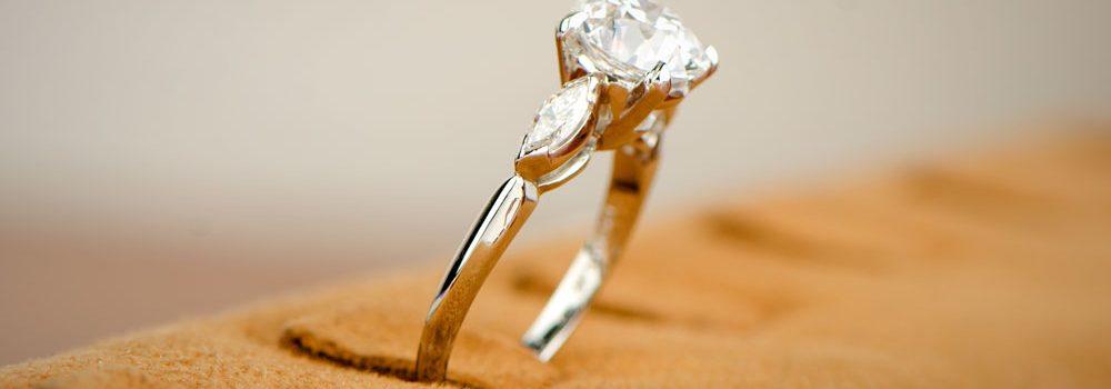 Shoulder of 2 Carat Engagement Ring