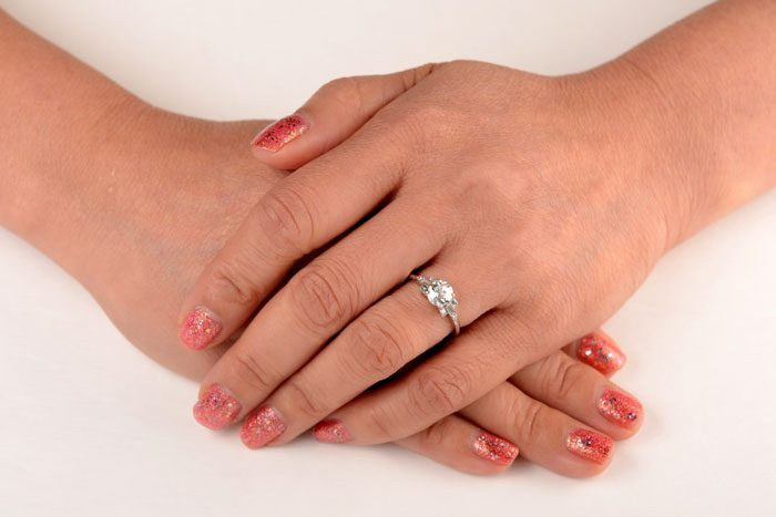 11343---0.92ct-Wellington-Hand-Finger-Picture