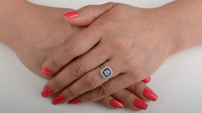 GS104-Finger-Picture