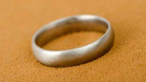 who buys guys wedding ring - Who Buys The Wedding Rings