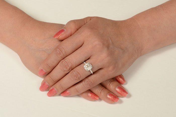 11652-Finger