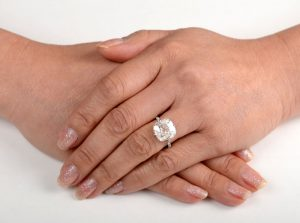 Engagement Ring Shopping Etiquette Estate Diamond Jewelry