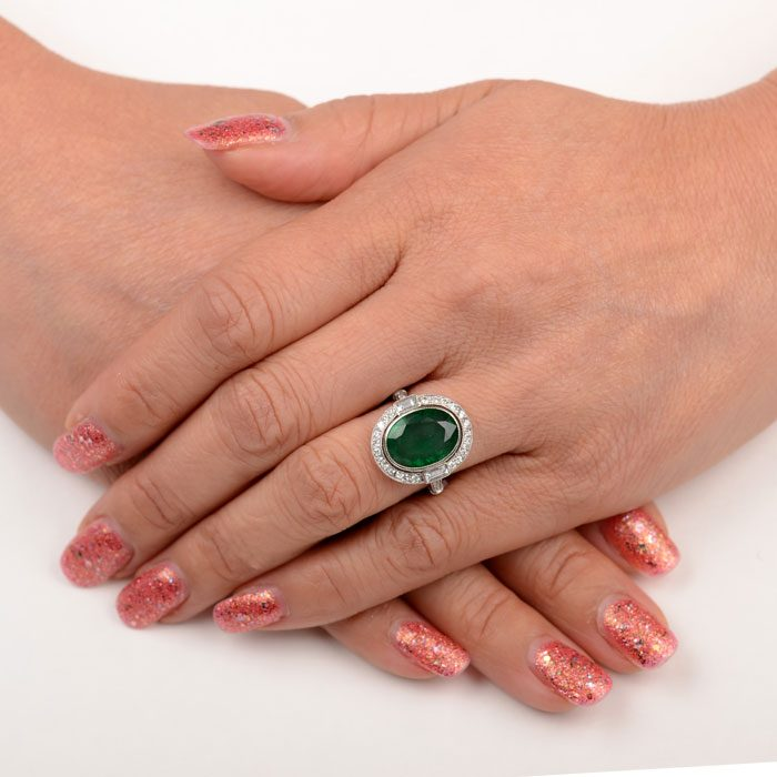 11719-Emerald-Ring-Finger-Picture-1-2x2-