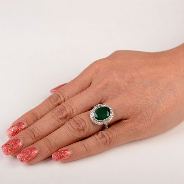 11719-Emerald-Ring-Finger-Picture-2-2x2-
