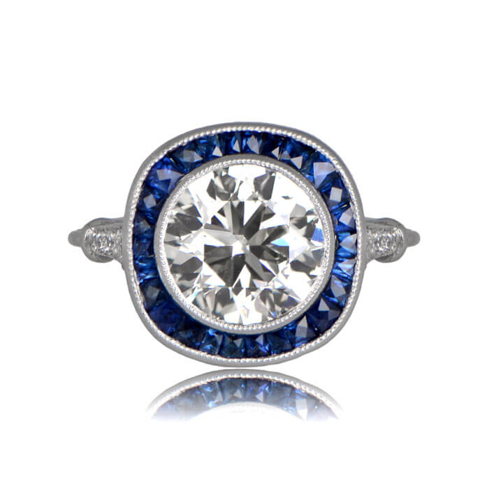 Front view of Narlon diamond brilliance with sapphire halo
