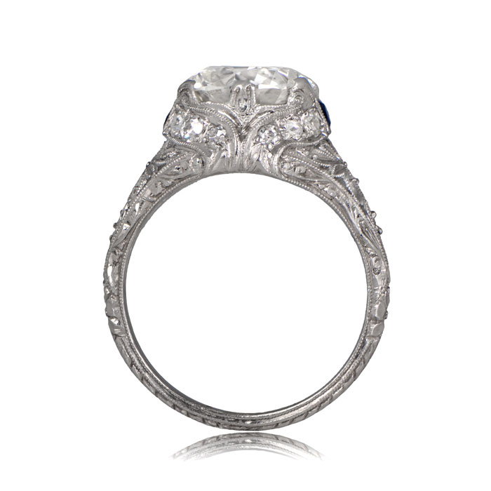 Side Profile view of Curel Ring
