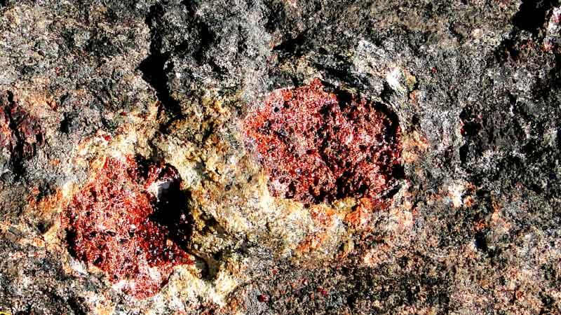 Garnet Mine on Stones