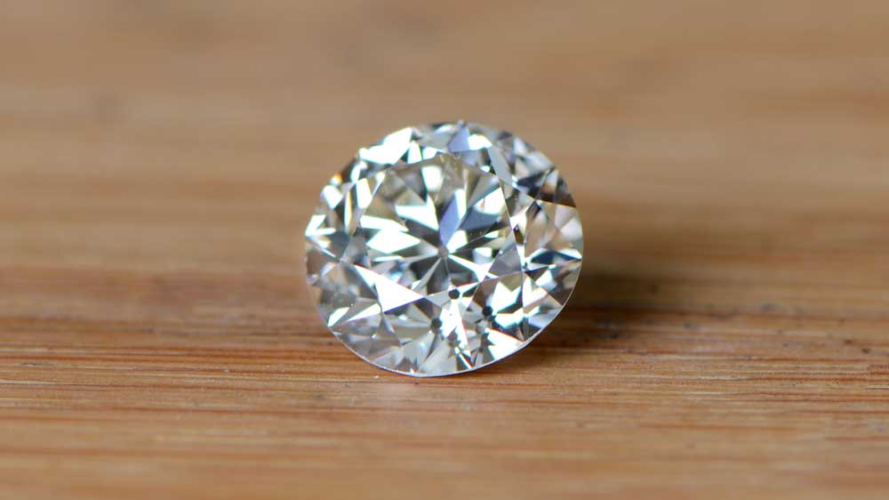 Should You Buy An Si2 Clarity Estate Diamond Jewelry