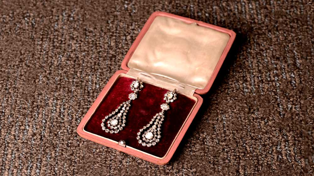 Genuine Georgian Earrings in Box