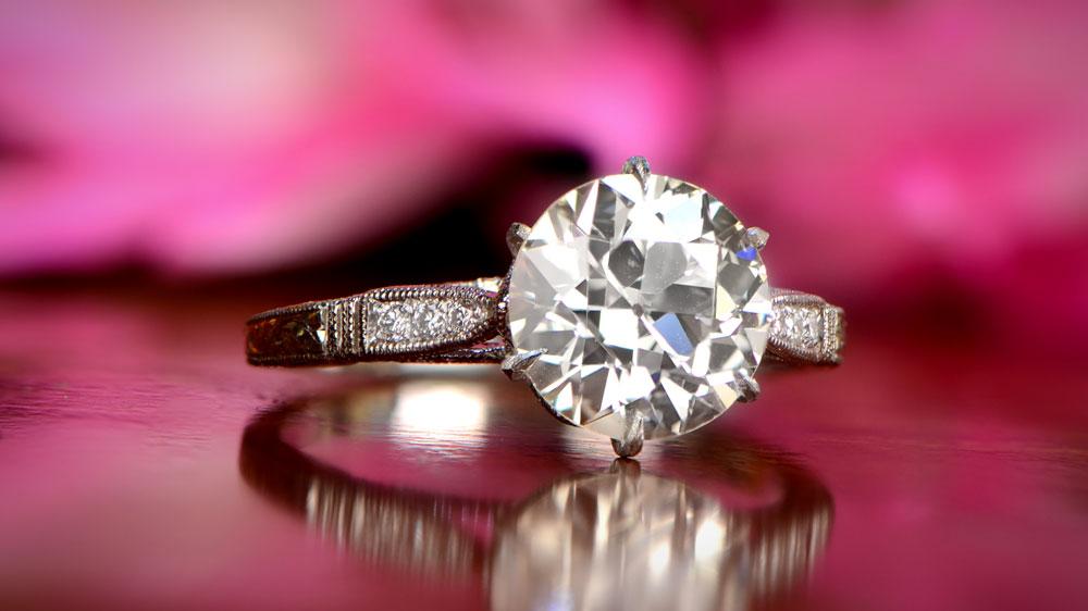 Solitaire 250 Carat Diamond Engagement Ring